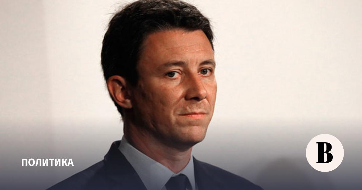 Сторонник Макрона снялся с выборов мэра Парижа после публикации на портале Павленского