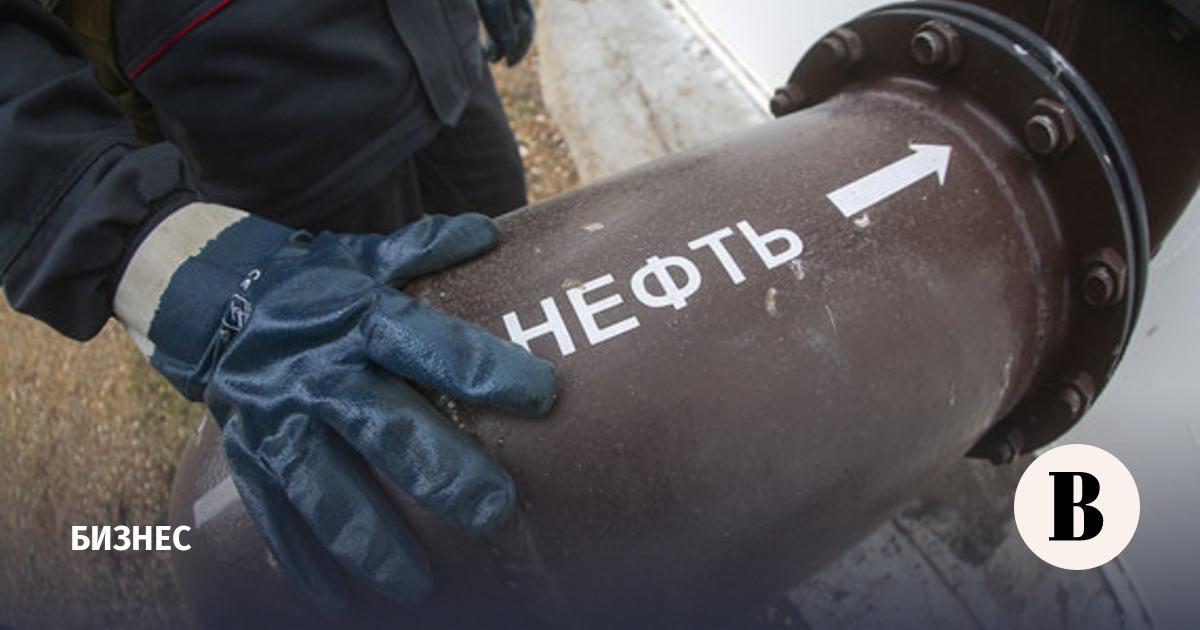 Китай вышел на рекордные закупки российской нефти Urals
